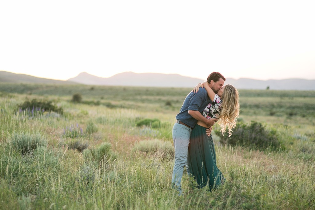 We entered the shoot and share contest this year only after Logan really strongly encouraged my to take the time to do it. I'm so grateful he did because this year, I was inspired by 3 things while I voted on the images... Find out what they were and how we did on the blog!