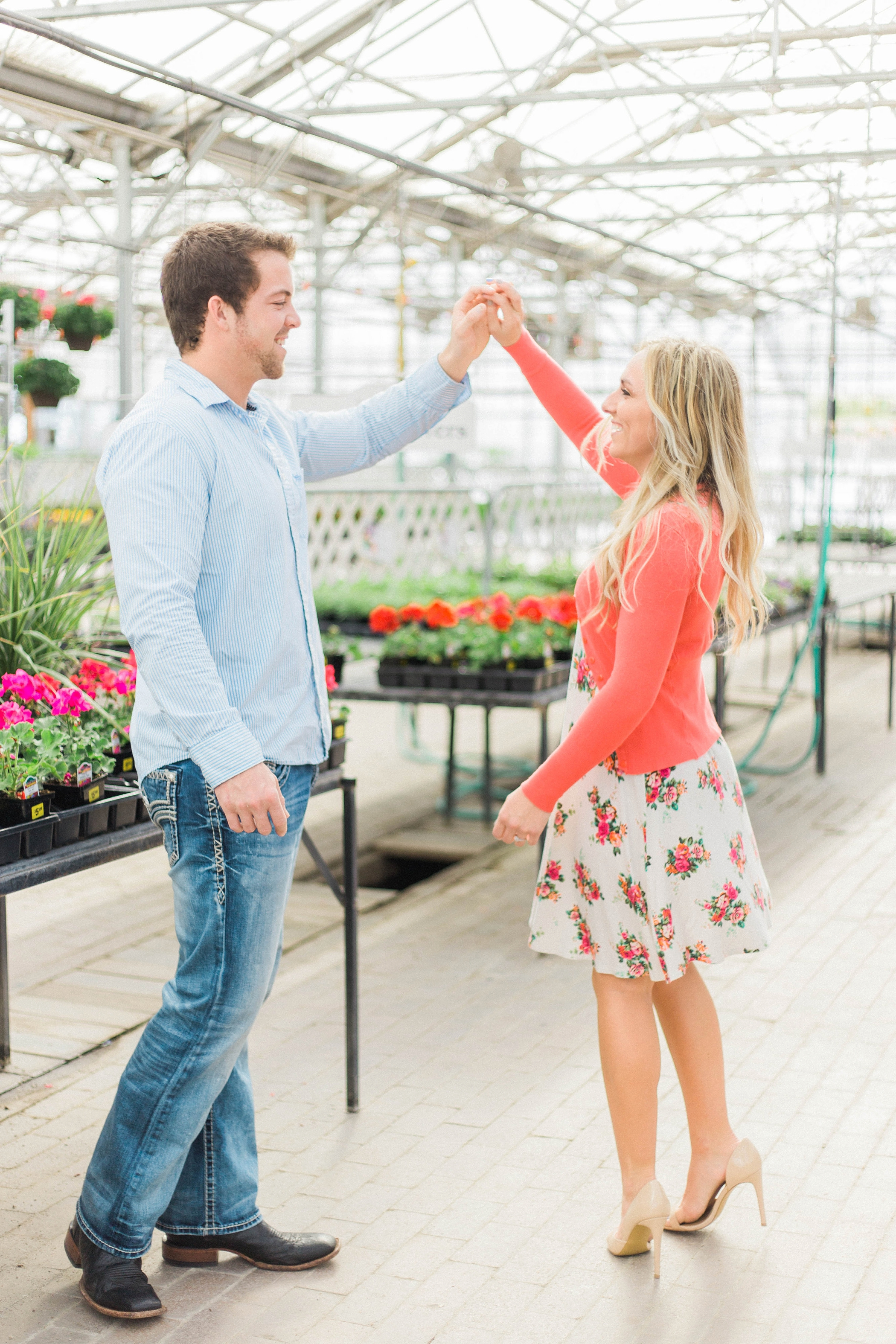 Idaho Greenhouse Engagements by Megan Lee Photo+Cinema