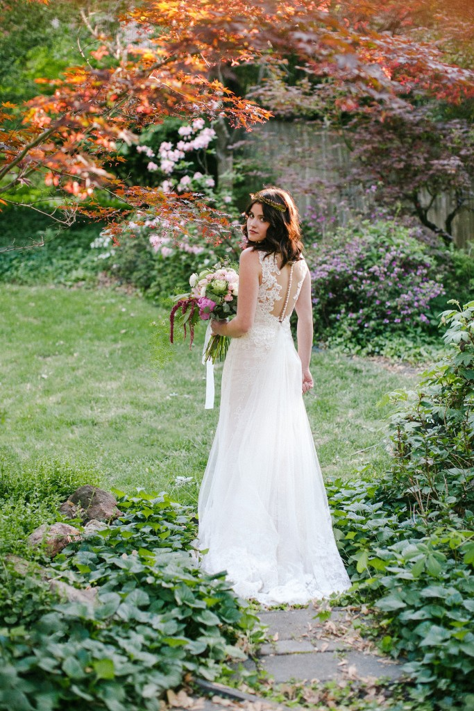 Idaho Garden Wedding by Radion Photography