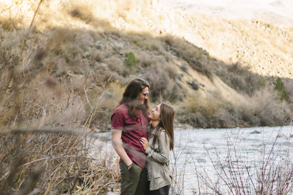Spring Engagements | Idaho | Ella Florence Photography